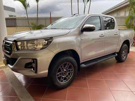 Hilux 2.4 4x4 automatico turbo intercooler 2020, negociable.