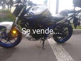 vendo espectacular moto Yamaha MT03