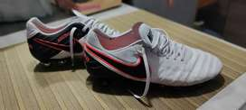 Guayos Nike tiempo 6. Original talla 8.5