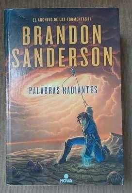 "Brandon Sanderson ""Palabras Radiantes"""