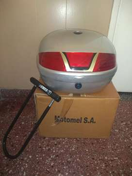 Baul para casco