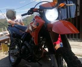 Se vende XTZ250