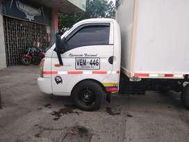 camión Hiunday h100  excelentes condiciones todo al día seguro contra todo riesgo activo