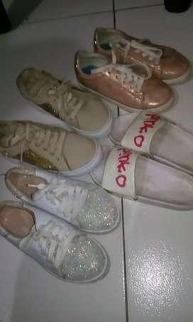 REMATO 3 pares de zapatos y unas chanclas USADOS número 32