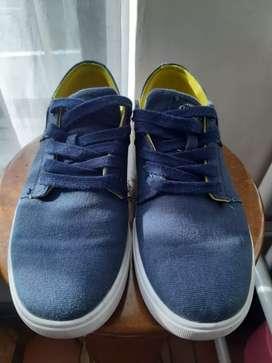 Zapatos en perfecto estado clasicos