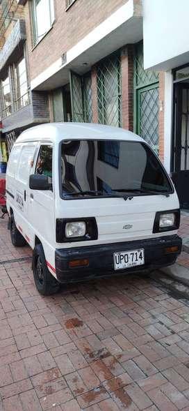 VENDO SUPER CARRY MOTOR ISUZU