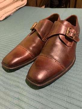 Zapatos de cuero marca Bruno Ferrini edición limitada