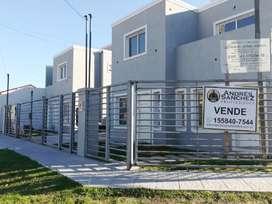Venta Duplex 2 Ambientes con Garaje en Pozo Castelar