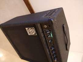 Amplificador bajo Ampeg BA112 v2 - 75W