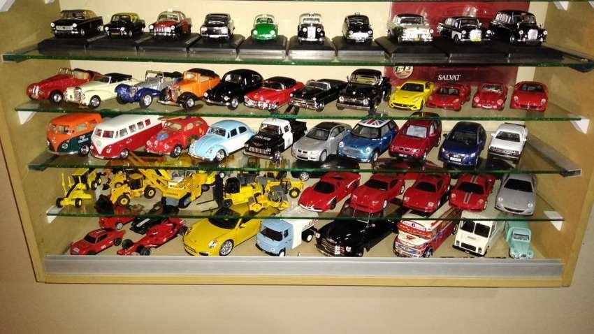 Vendoo Autos Varios de Colección 0