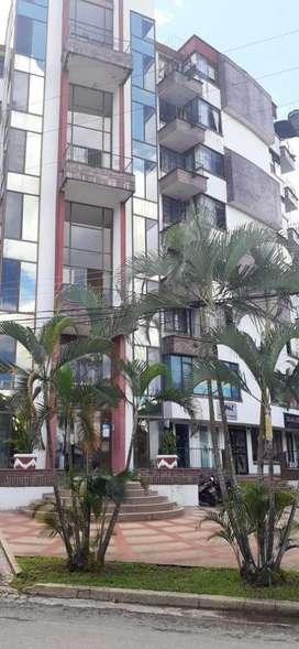 OFICINA O APTA ESTUDIO 50 m2  CON LOCAL COMERCIAL DE 40 m2