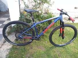 Bici Carbono Vairo XR 9.9 , rod 29, excelente estado, Recibo Mayor.