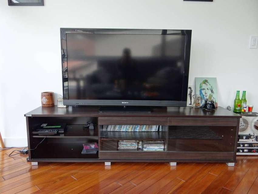 "Televisor SONY 46"" LCD TV - Full HD Specs + Mueble para TV + Parlante Panasonic Home Theater 0"