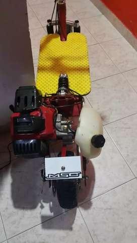 Patineta con motor  50cc