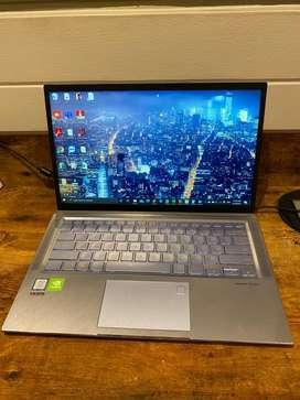 Asus zenbook 14 16Gb RAM 512 solidos Core I7 8th gen y NVIDIA MX 150