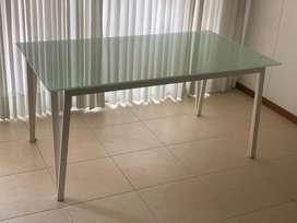 Vendo mesa comedor de vidrio 6 puestos