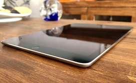 iPad Pro 9.7 32 Gb WIFI + Smart Keyboard