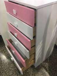 vendo tocador y comoda - chifonier de melanina color rosado y blanco