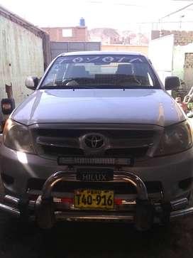 Se Vende Camioneta Toyota Hilux 4x2