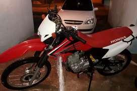 Vendo Honda Tornado 25o