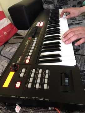 Teclado sintentizador Roland xps10