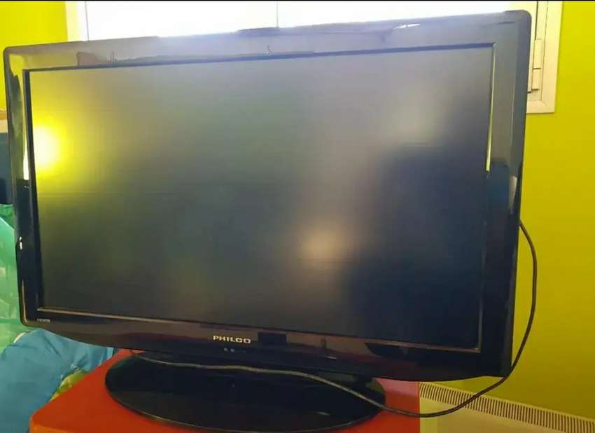 """TV LED 32"""" PHILCO 0"""
