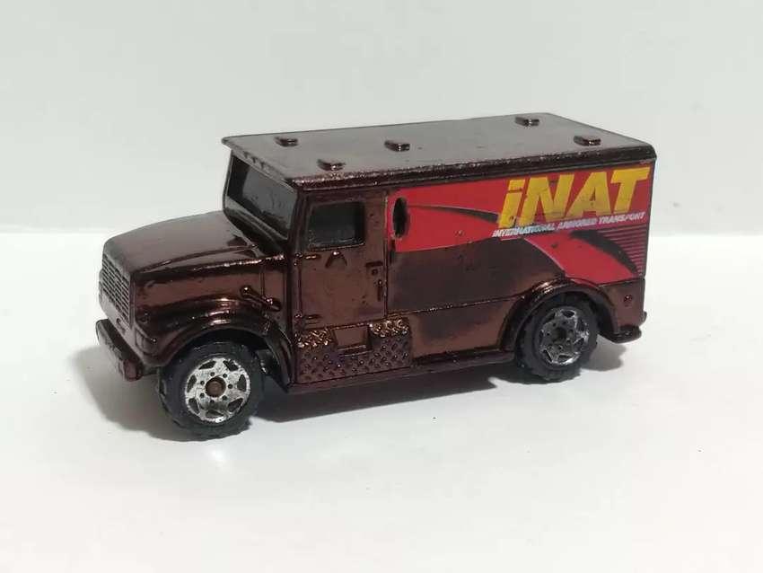 MATCHBOX INTERNATIONAL ARMORED CAR - 1999 0