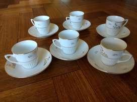 Jgo de Tazas con platos para Café en porcelana blanca  Diseño Egipcio