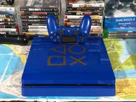 Play4 de 1tera edición limitada, con 1 mando, plus y 3 juegos.