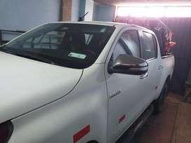 Camioneta 4x4 Toyota
