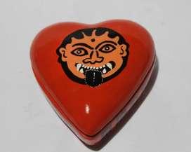 Alhajero corazón con imagen de Gorgona  100