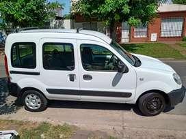 Renault kangoo 2013 con GNC segundo dueño