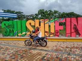 Dispongo moto para trabajo con documentos al dia sea para la ciudad de Quevedo o buena fe