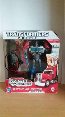 Transformers Prime Optimus prime Robots in Disguise
