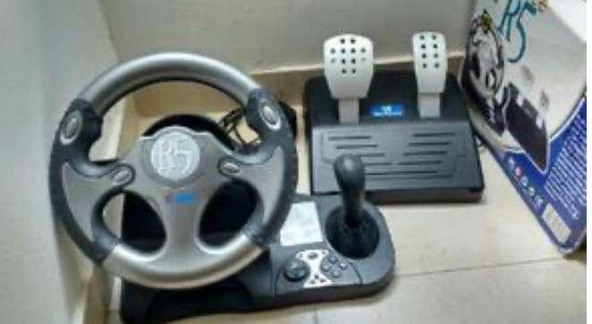 Se vende volante de Play Station 2 0