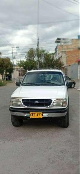 Ford Explorer Elite versión full equipo