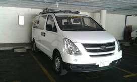 Hyundai H1 Starex - Aire Acondicionado - Modelo 2013 - 12 Pasajeros
