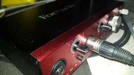 Focusrite Clarett 2pre (thunderbolt, con cables)