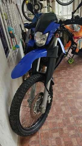 Se vende xt 660 2011
