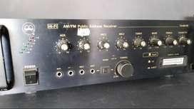 Vendo amplificador de perifoneo Magnus - para repuestos -
