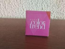 Aretes Color trend