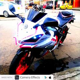 Yamaha YZF-R15 para estrenar