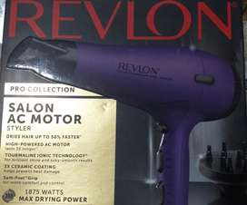 Secador Original marca Revlon Color Morado