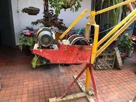 Pluma grua o malacate electrico tipo pesado