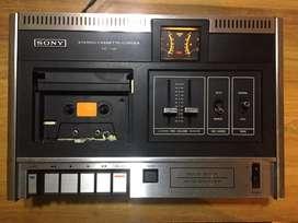 Reproductor de cassettes antiguo