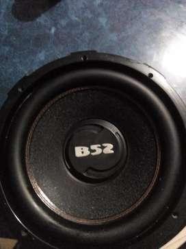 Se vende subwoofer B52