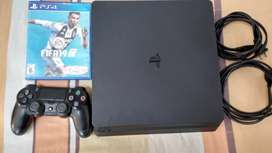 VENDO PLAY STATION 4 SLIM DE 1 TERA COMO NUEVO