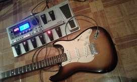 Guitarra Fender squier strato afinity,, accesorios  funda