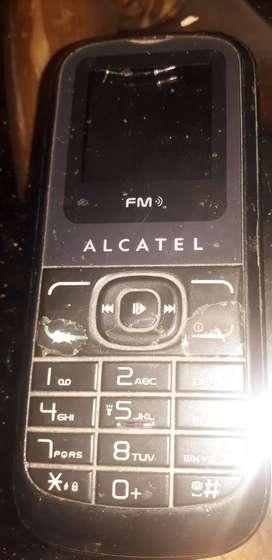 Celular Alcatel excelente estado