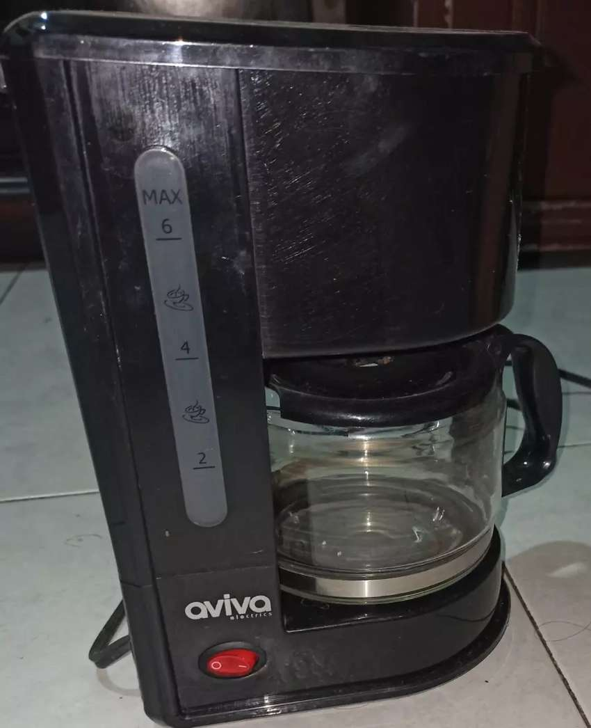 Cafetera Electrica 6 tazas 0